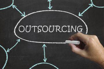 Artikelgebend ist Outsouring in kleinen und mittelständischen Unternehmen